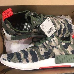 961d666935b2d adidas Shoes - NWT Men s Camo NMD R1